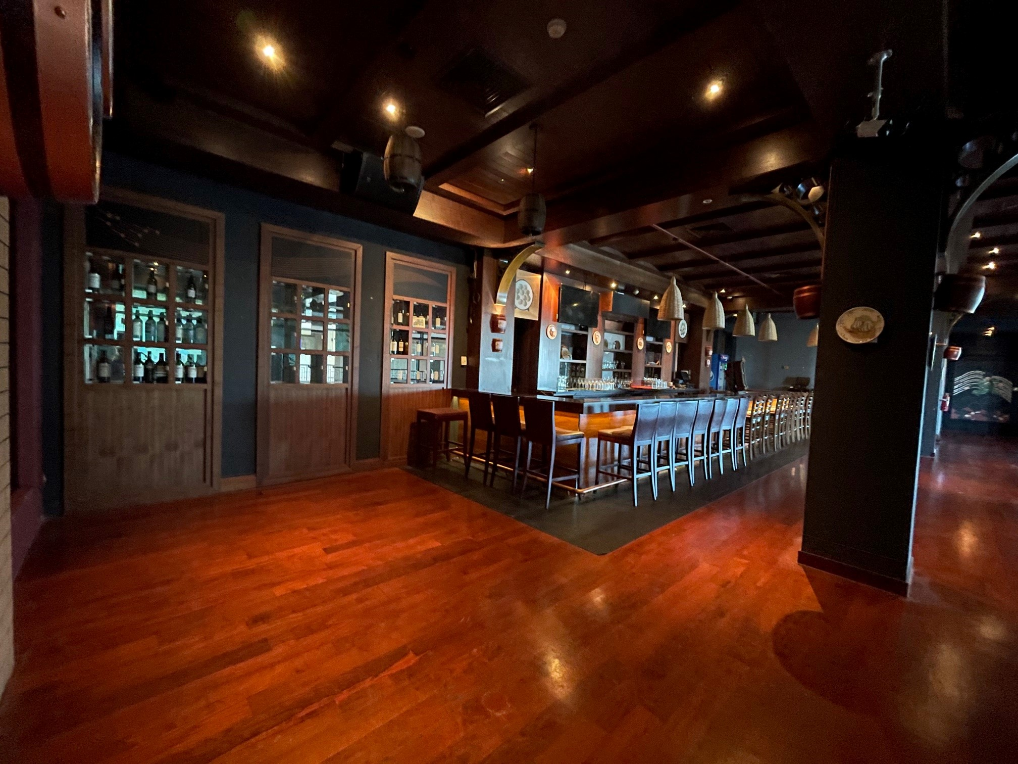 Pub Bar or Themed Restaurant | Equipped Kitchen | Ready for Business