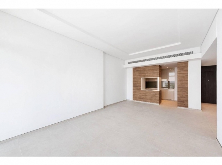 New Luxury 1 Bedroom Apartment with Panoramic Views and Hotel Facilities
